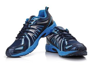 Top 5 Tips on Buying Athletic Shoes